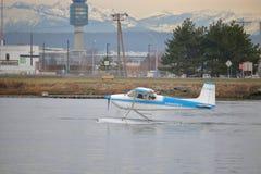 和平的水上飞机一家小航空公司 免版税图库摄影