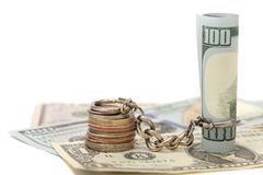 $ 100和硬币有关的链子 库存照片