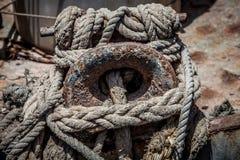 绳索和磁夹板 免版税库存照片
