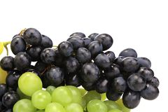 黑和绿色成熟葡萄。 免版税图库摄影