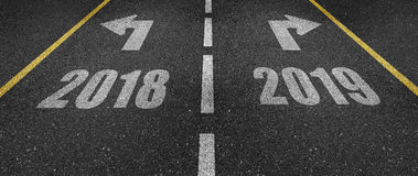 2018年和2019年路标 免版税库存照片