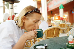 咖啡一名界面妇女 库存图片