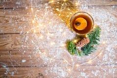 咖啡与奶油色圣诞节的 库存照片
