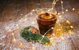 咖啡与奶油色圣诞节的 库存图片