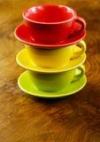 咖啡五颜六色的杯子 图库摄影