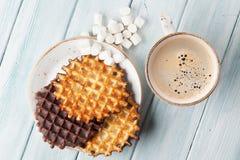 咖啡和奶蛋烘饼 库存图片