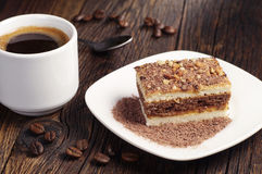 咖啡和巧克力蛋糕 免版税库存照片