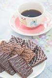 咖啡和巧克力饼干 免版税库存图片
