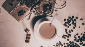咖啡和巧克力 库存照片