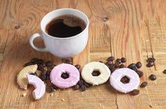 咖啡和曲奇饼与结冰 免版税库存图片