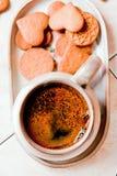 咖啡和曲奇饼 免版税库存照片