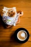 咖啡和松饼 免版税库存图片