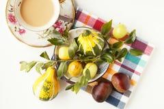 咖啡和果子 免版税库存图片