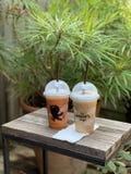咖啡和泰国茶 免版税库存图片