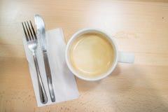 咖啡和等待的早餐 库存图片