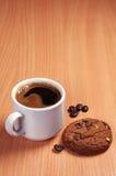咖啡和芯片曲奇饼 库存图片