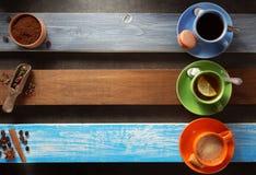 咖啡和茶在木头 图库摄影