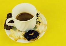 咖啡和饼干 免版税库存图片