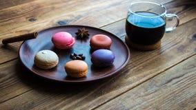 咖啡和macarons 库存照片