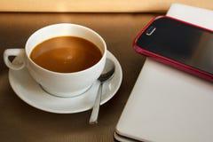 咖啡在咖啡店的 免版税库存照片
