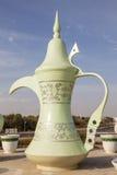 咖啡壶雕象在艾因,阿拉伯联合酋长国 库存照片