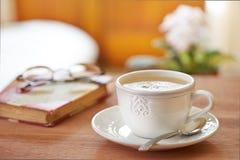 咖啡拿铁静物画 图库摄影