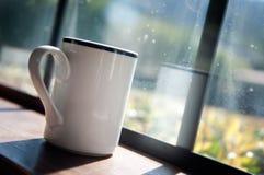 咖啡杯光早晨 库存图片