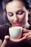 咖啡杯女孩 库存照片