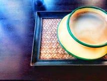 咖啡杯泰国古色古香的样式 库存图片