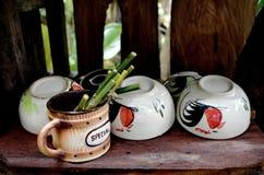 咖啡杯表 图库摄影