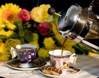 咖啡法语倾吐的新闻 免版税库存照片