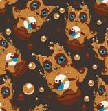 咖啡猫头鹰和杯形蛋糕 免版税库存图片
