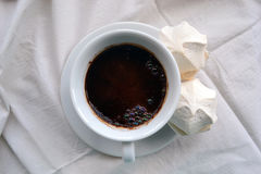 咖啡用在桌布的蛋白软糖 库存照片