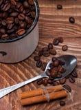 咖啡粒特写镜头 免版税库存图片