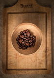 咖啡粒静物画  免版税库存照片
