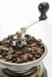 咖啡老被塑造的研磨机 免版税库存照片