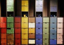 咖啡胶囊品种在Nespresso商店在巴黎 免版税库存图片