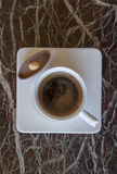 咖啡芳香热奶咖啡巧克力cofee杯子空的热的浓咖啡饮料断裂牛奶早晨 免版税库存图片