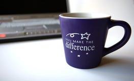 咖啡计算机 免版税库存照片