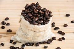咖啡豆大袋 免版税库存图片