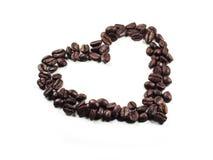 咖啡豆特写镜头的心脏 免版税库存图片