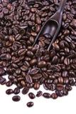 咖啡豆瓢  免版税库存图片