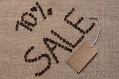 10%从咖啡豆的销售词 免版税库存图片
