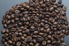咖啡豆被研 库存照片