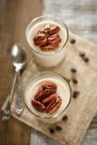 咖啡酸奶Panna陶砖 免版税库存照片
