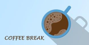 咖啡顶视图在蓝色杯子的有咖啡休息文本的 图库摄影
