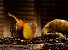 咖啡飞溅 免版税库存图片