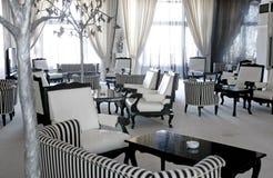 咖啡馆休息室豪华空间 免版税库存图片