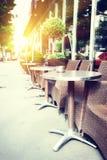 咖啡馆大阳台在夏天巴黎 图库摄影