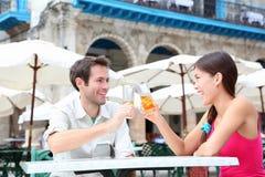 咖啡馆夫妇喝 免版税库存照片